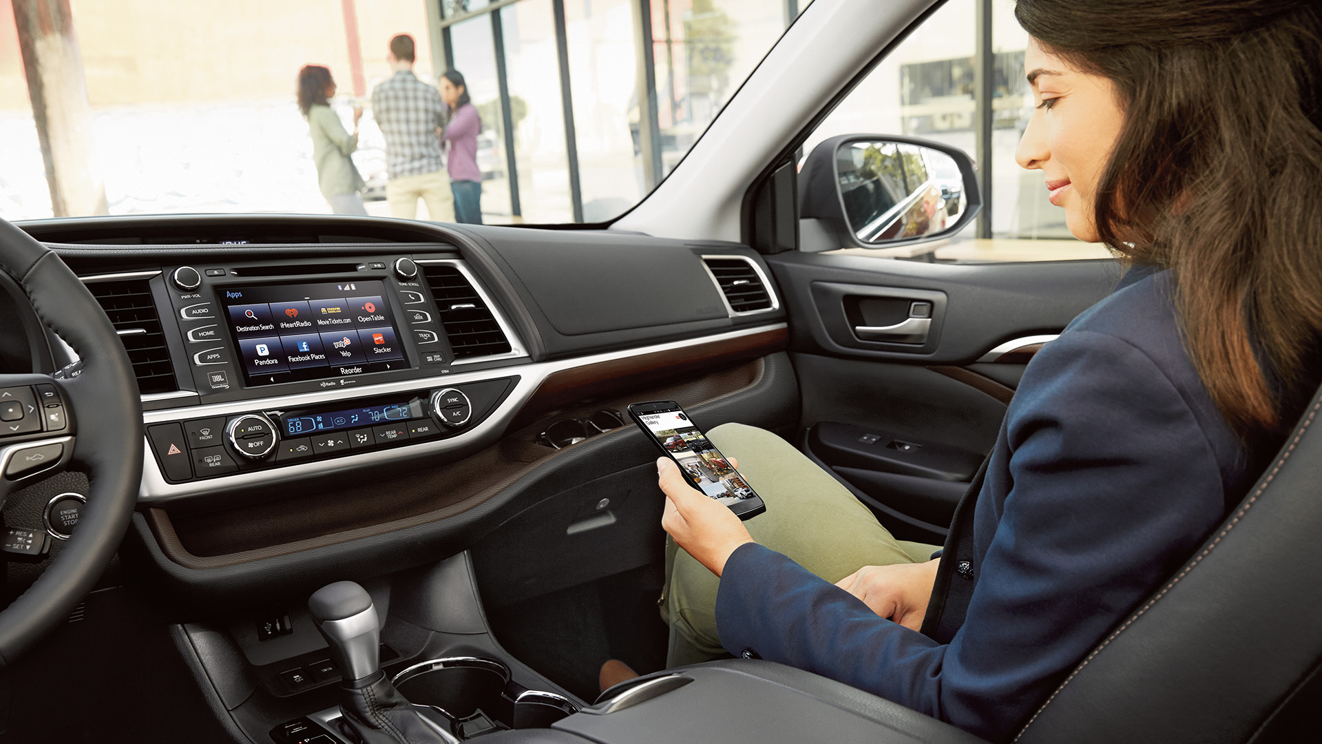 Touch interface of Toyota Highlander