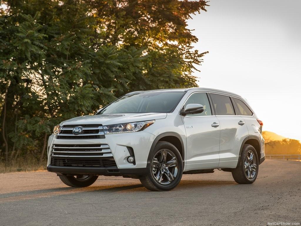 Toyota-Highlander-2017