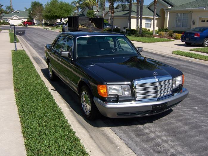 1989 Mercedes-Benz 300SE